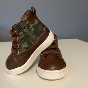 Gymboree baby boy shoes